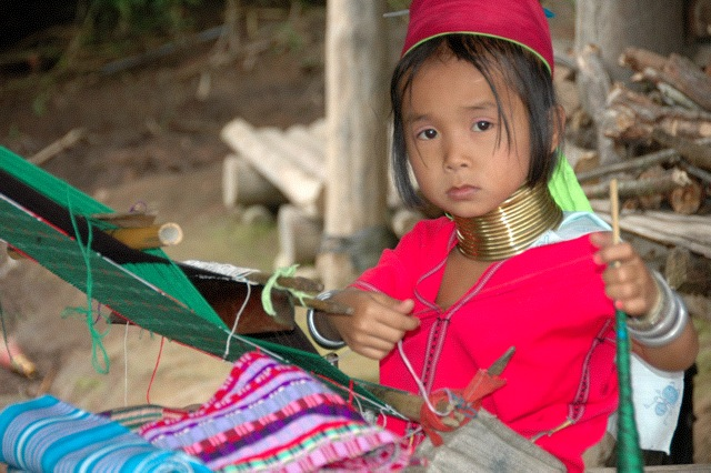 Visiting the Karen tribe near Burma